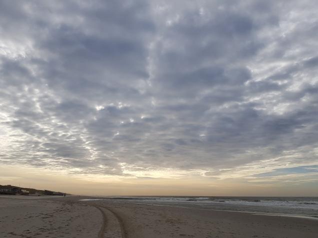 het lege strand
