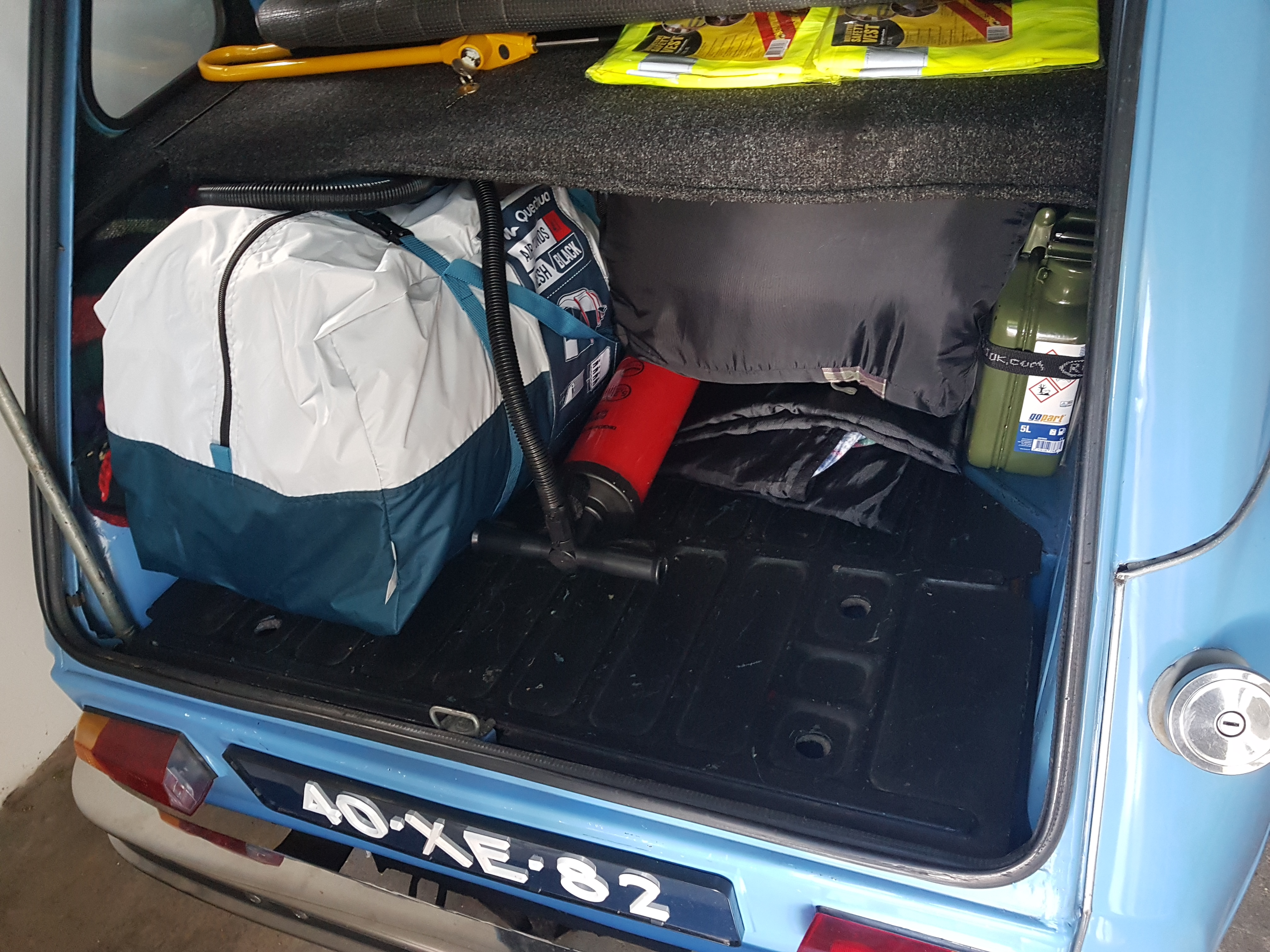 kofferbak met tent - daar kan en komt meer bij!